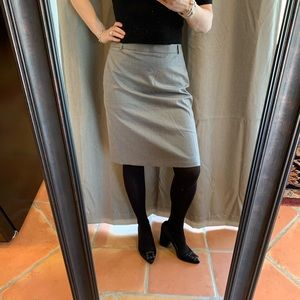 NWT J.Crew Grey Stretch Suiting Skirt Sz.6